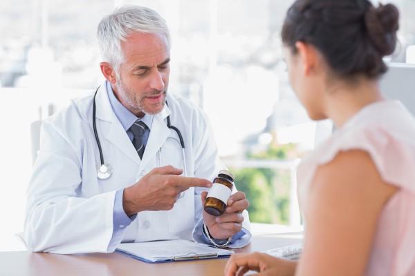 Комплексное медикаментозное лечение геморроя